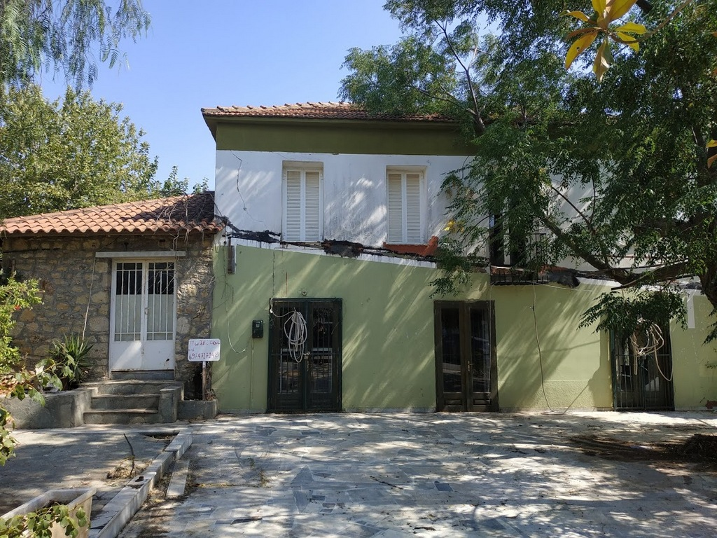 detached house for sale in Kremmidia Messinia